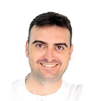 Raúl Dominguez, propietario de clínica del deporte alicante